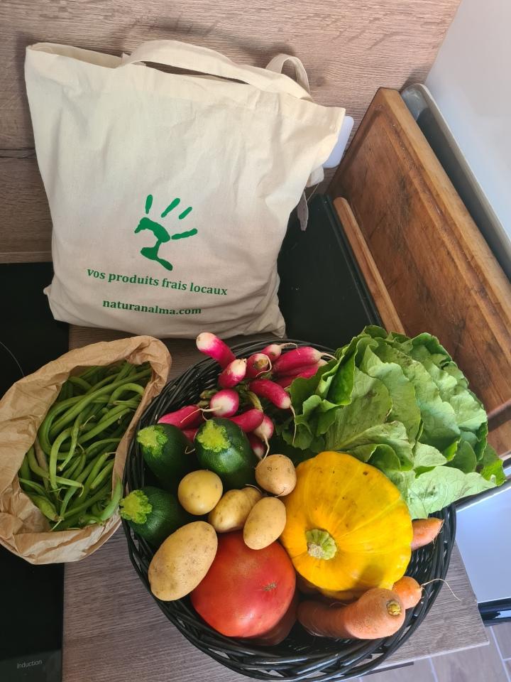 Je me fais livrer des fruits et légumes locaux!